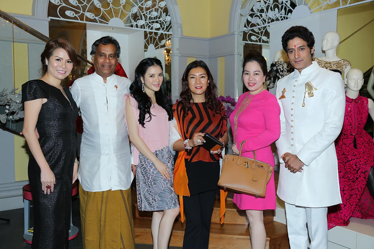 Lý Nhã Kỳ - thiết đãi tiệc tối thân mật cùng tài tử điển trai nhất nhì Bollywood. 7