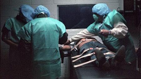 Mỹ: Chứng kiến tử tù vật vã đau đớn khi bị tiêm thuốc độc 4