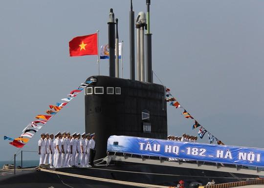 Hình ảnh Tàu ngầm Kilo thứ 2 lên đường về Việt Nam số 2