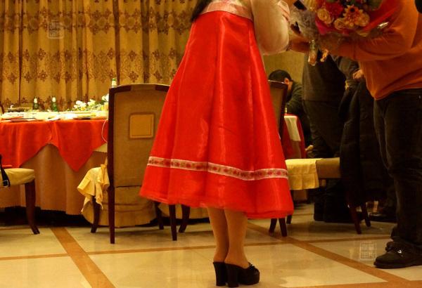 Đến nhà hàng Trung Quốc, ngắm kiều nữ Triều Tiên 28