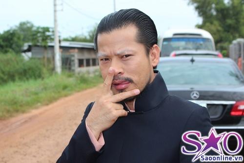 Huy Khánh nhận Hùng Cửu Long làm bố 7