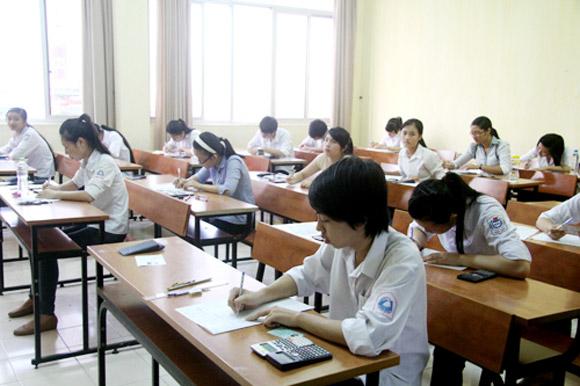 Bỏ thi ngoại ngữ: Một bước lùi vĩ đại trong lịch sử giáo dục