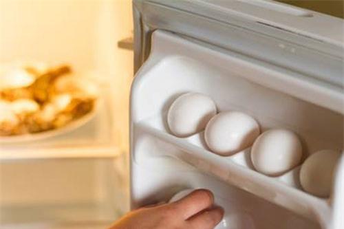 7 bước vệ sinh tủ lạnh 10