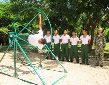 Buổi luyện tập khắc nghiệt giáp Tết của đặc công nước Việt Nam 6
