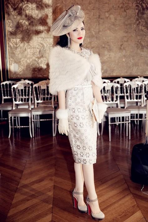 Lý Nhã Kỳ ghi dấu ấn với phong cách cổ điển ở tuần lễ thời trang Paris  11