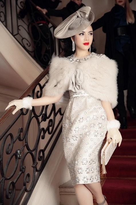 Lý Nhã Kỳ ghi dấu ấn với phong cách cổ điển ở tuần lễ thời trang Paris  14