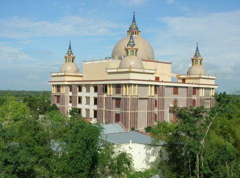 Dinh thự Trầm Bê: Tòa nhà xấu xí bậc nhất Việt Nam?? 6