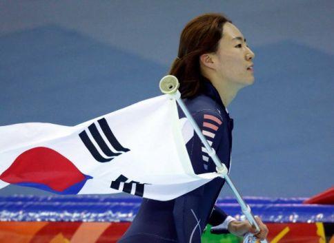 Người đẹp xứ Hàn mang về HCV đầu tiên cho thể thao châu Á ở Olympic Sochi 5