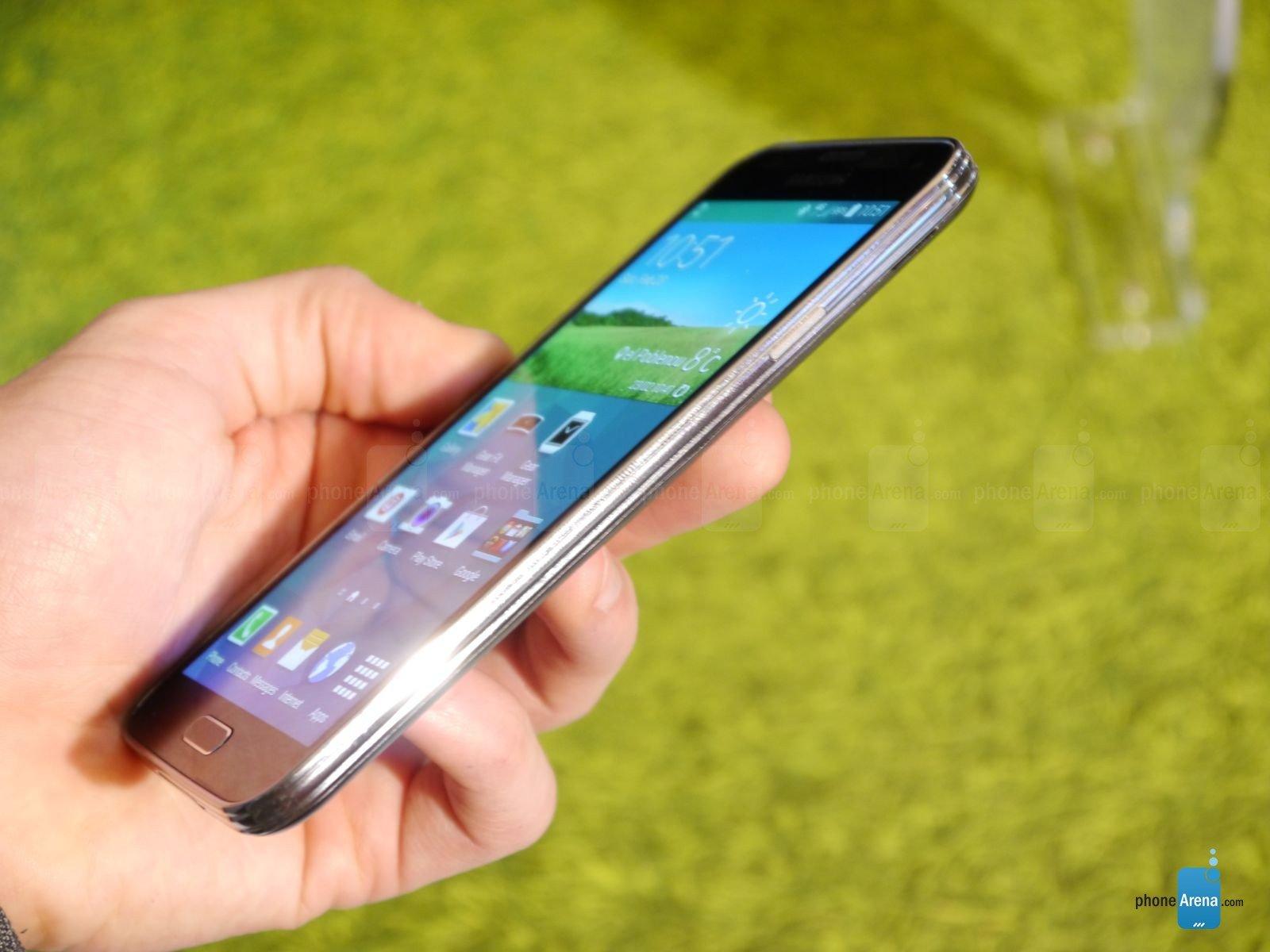Trên tay Galaxy S5 - Siêu phẩm đến từ Samsung 10