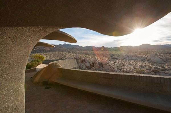 Biệt thự triệu đô xa hoa giữa lòng sa mạc 9