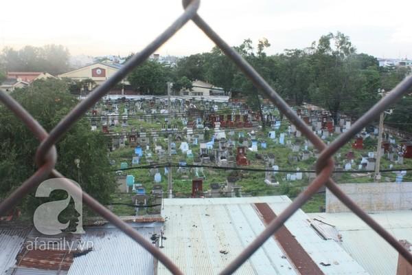 Sống và mại dâm ngay giữa nghĩa trang lớn tại TP.HCM 19
