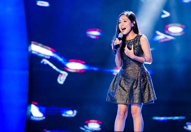 Mỹ Tâm xinh đẹp trên trường quay Vietnam Idol 13