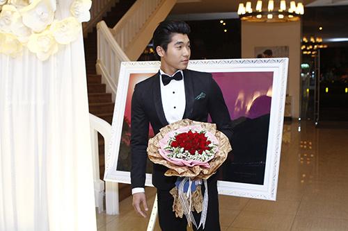 """Nam Thành """"chơi trội"""" tại đám cưới bạn gái cũ Hoàng Yến 6"""