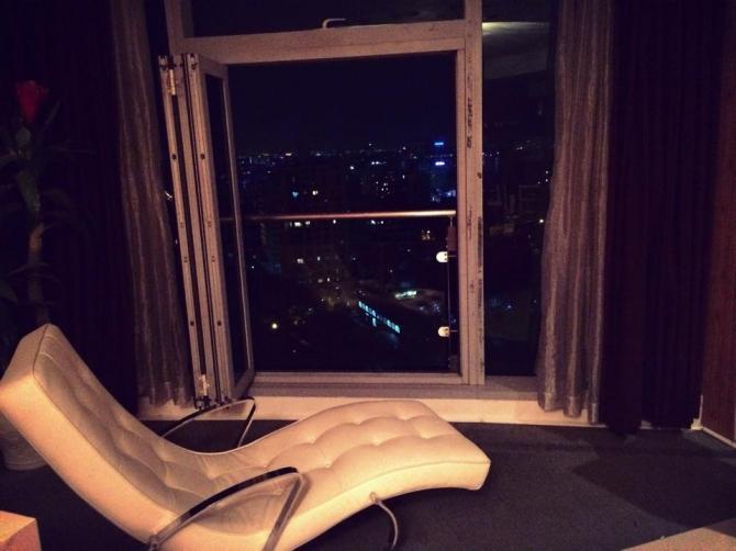 Chiêm ngưỡng căn hộ cực sang mới tậu của siêu mẫu Hồng Quế 9