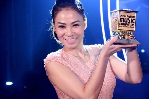 Top mỹ nhân Việt quyền lực nhất showbiz 8