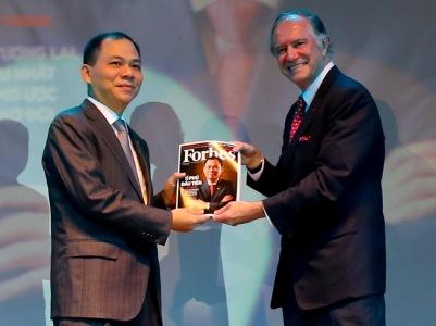 Ông Phạm Nhật Vượng tiếp tục lọt danh sách tỷ phú giàu nhất thế giới 6
