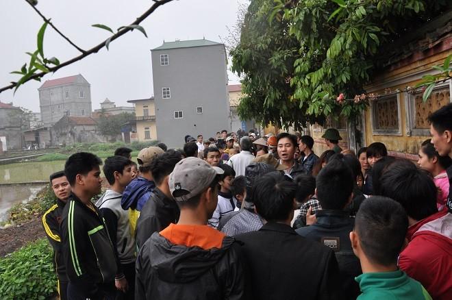 Chuyện lạ ở Hà Nội: Dỡ đình cổ lấy gỗ sưa đem bán 6