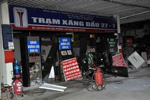 Trạm xăng dầu phát nổ, người dân hoảng loạn bỏ chạy 5