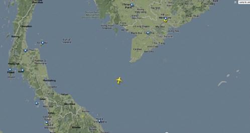 Máy bay Malaysia mất tích: Bặt vô âm tín sau 14 giờ tìm kiếm 5