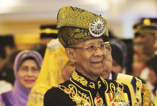 Quốc vương Malaysia kêu gọi gia đình hành khách bình tĩnh và kiên cường hơn 6
