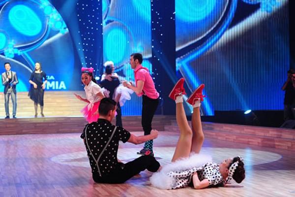 Những sự cố trang phục của sao tại Bước nhảy hoàn vũ 16