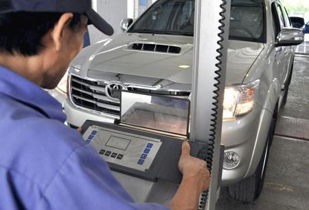 Lãnh đạo Cục nhập vai lái xe, bắt lỗi đăng kiểm viên  5