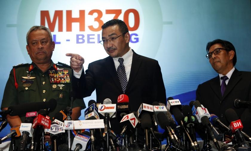 Lí giải nguyên nhân lãnh đạo Malaysia lúng túng vụ máy bay mất tích 6
