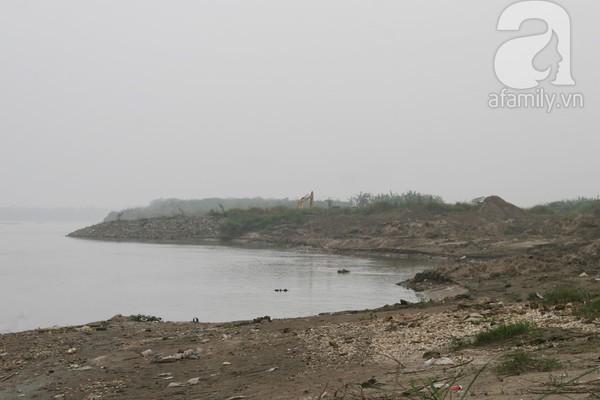 Ông chủ vườn đào bỏ hàng trăm triệu sắm thuyền vớt xác không công 6