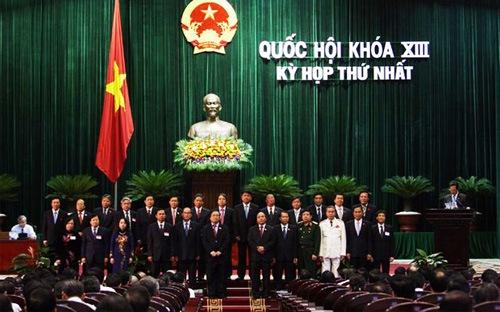Sau khi được bầu, Thủ tướng phải tuyên thệ 4