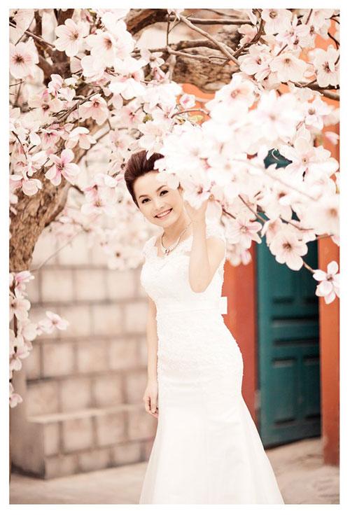 Đoàn Thúy Trang khoe ảnh cưới lãng mạn 8