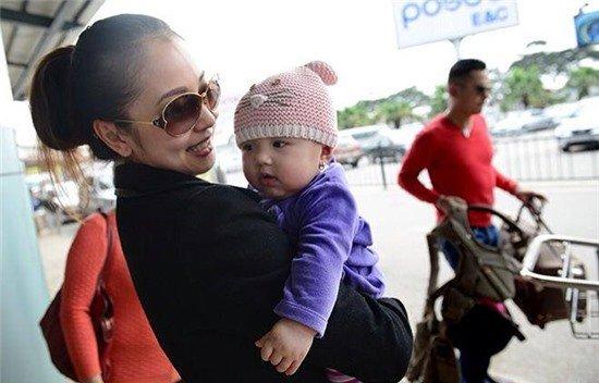 Các cậu ấm cô chiêu nhỏ tuổi siêu kute của đại gia Việt 8