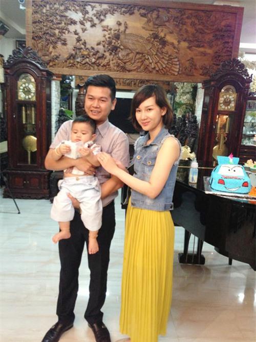 Các cậu ấm cô chiêu nhỏ tuổi siêu kute của đại gia Việt 15