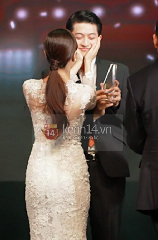 Lộ bằng chứng Hoàng Thùy Linh - Harry Lu đang hẹn hò 8