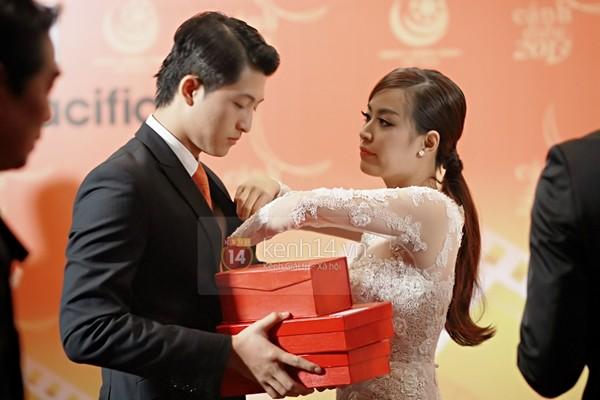 Lộ bằng chứng Hoàng Thùy Linh - Harry Lu đang hẹn hò 9