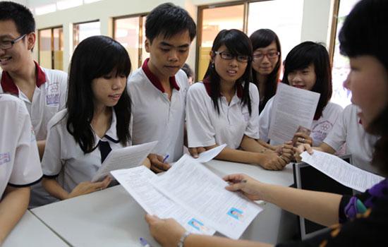 Hôm nay, bắt đầu nộp hồ sơ ĐKDT vào ĐH, CĐ 2014 5