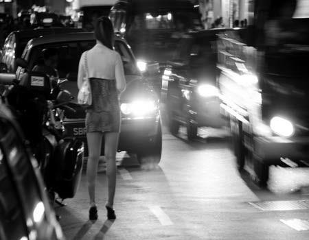 Cận cảnh cuộc sống gái bán dâm Việt ở xứ người 16