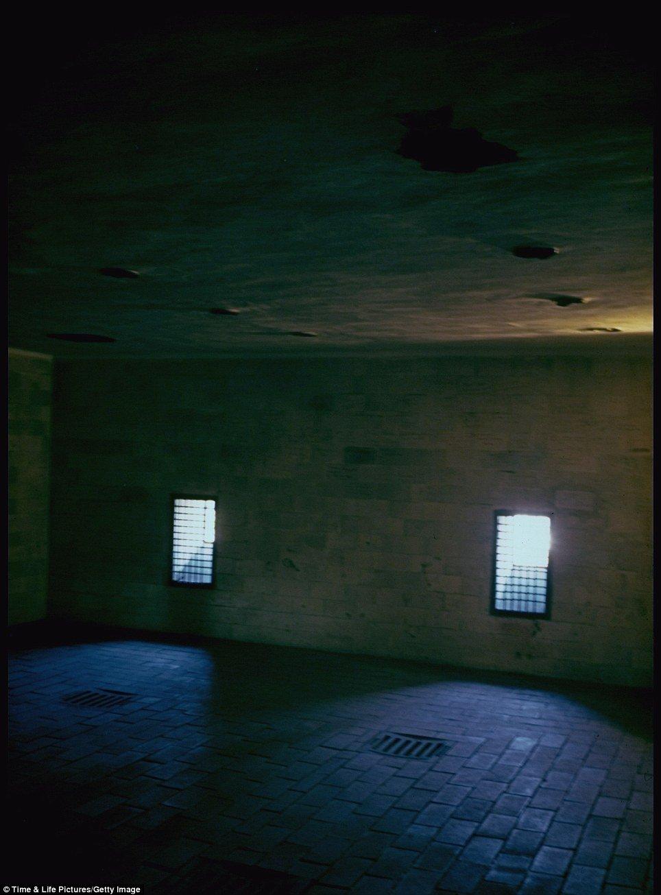 Hình ảnh Những hình ảnh lạnh người về trại tập trung Dachau thời Phát xít Đức số 1