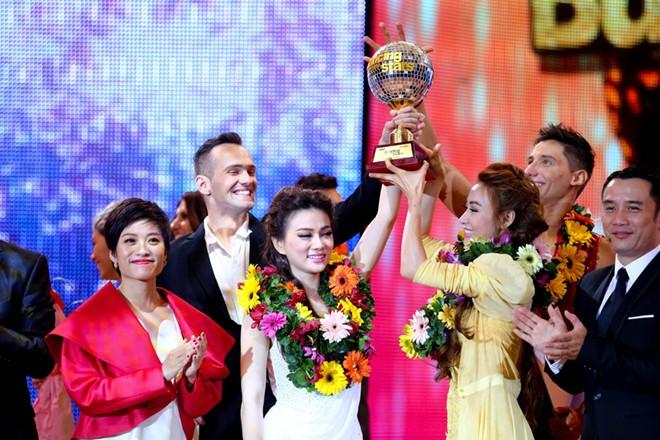 Khánh Thi công bố nhầm kết quả giải vàng Bước nhảy hoàn vũ 7