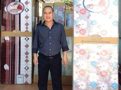 con duong tu khoi nghiep via he den lap cong ty thu 60 ty dong moi nam Thành công bắt đầu từ những công việc nhỏ