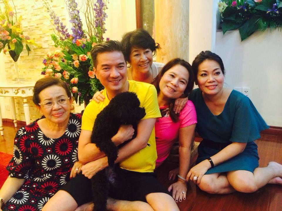 Đàm Vĩnh Hưng chia sẻ những khoảnh khắc hạnh phúc bên gia đình 9