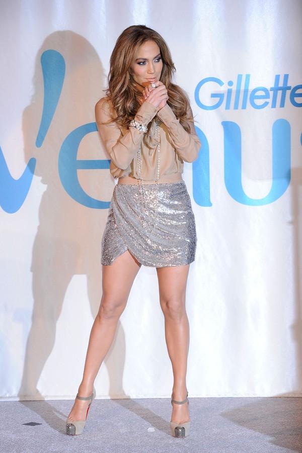 Taylor Swift dẫn đầu Top 15 sao có đôi chân đẹp nhất làng nhạc 17