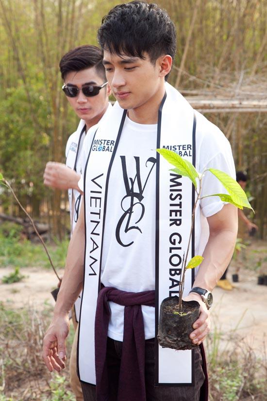 Đại diện Việt Nam lọt vào Top 5 Mister Global tài năng 19