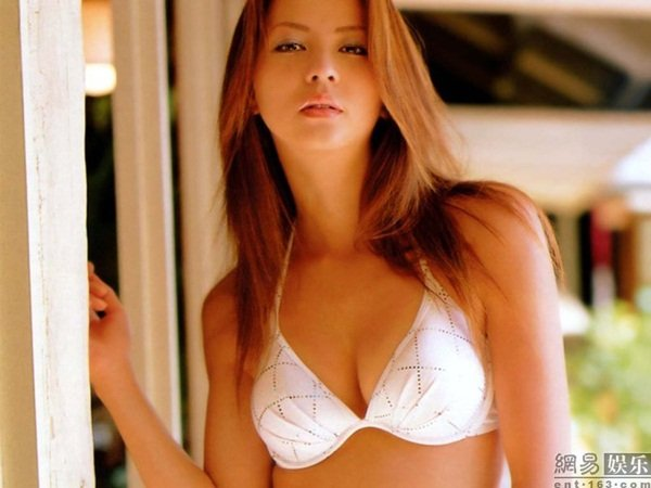 Siêu mẫu Nhật bị phát tán ảnh nóng với đại gia Đài Loan 7