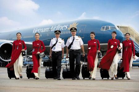 nữ tiếp viên hàng không,bị bắt,nhật,buôn lậu