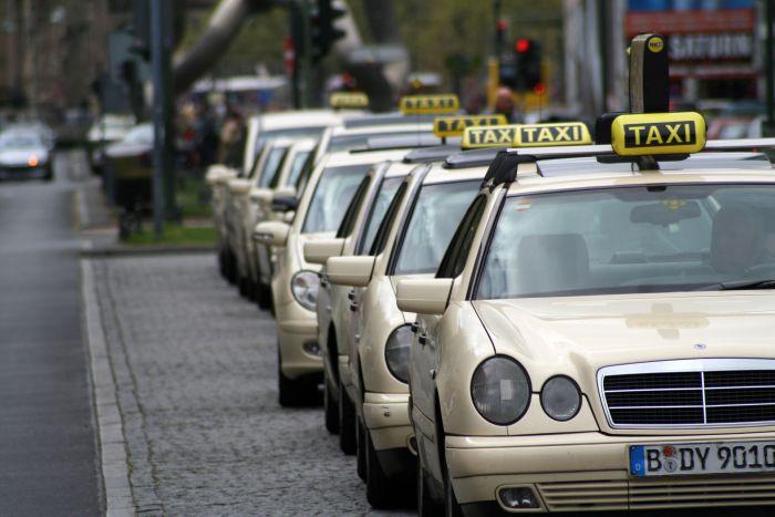 Nước nào có giá vé taxi cao nhất thế giới? 5