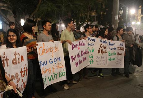Chùm ảnh: Việt Nam tắt đèn hưởng ứng Giờ Trái Đất 2014 11