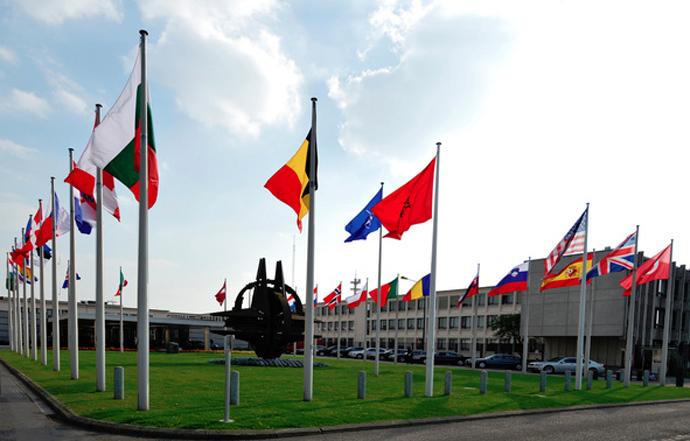 NATO tăng cường quan hệ với Ukraine, thúc đẩy hiện diện quân sự tại Đông Âu 7
