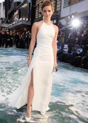 Emma Watson làm náo loạn đường phố 12