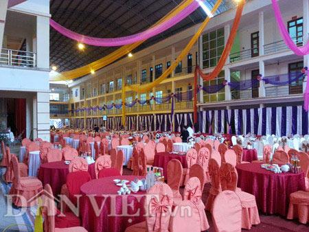Tổ chức tiệc cưới ở trụ sở điện lực Hà Giang là việc