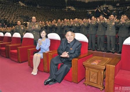 Lộ diện ca sĩ xinh đẹp bị bỏ tù vì 'hớp hồn' Kim Jong-Un 15